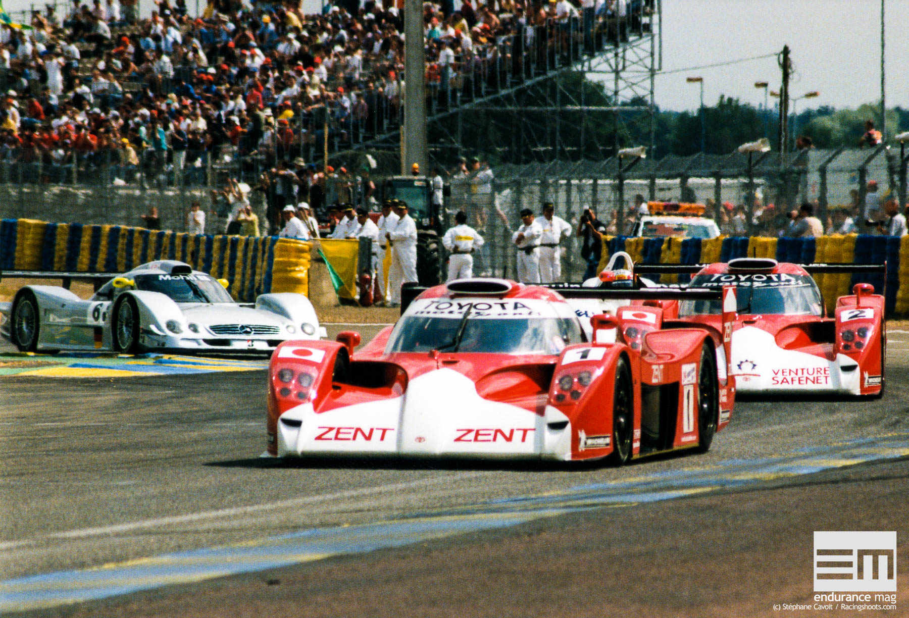 Toyota-GT-One-Le-Mans-1999-2