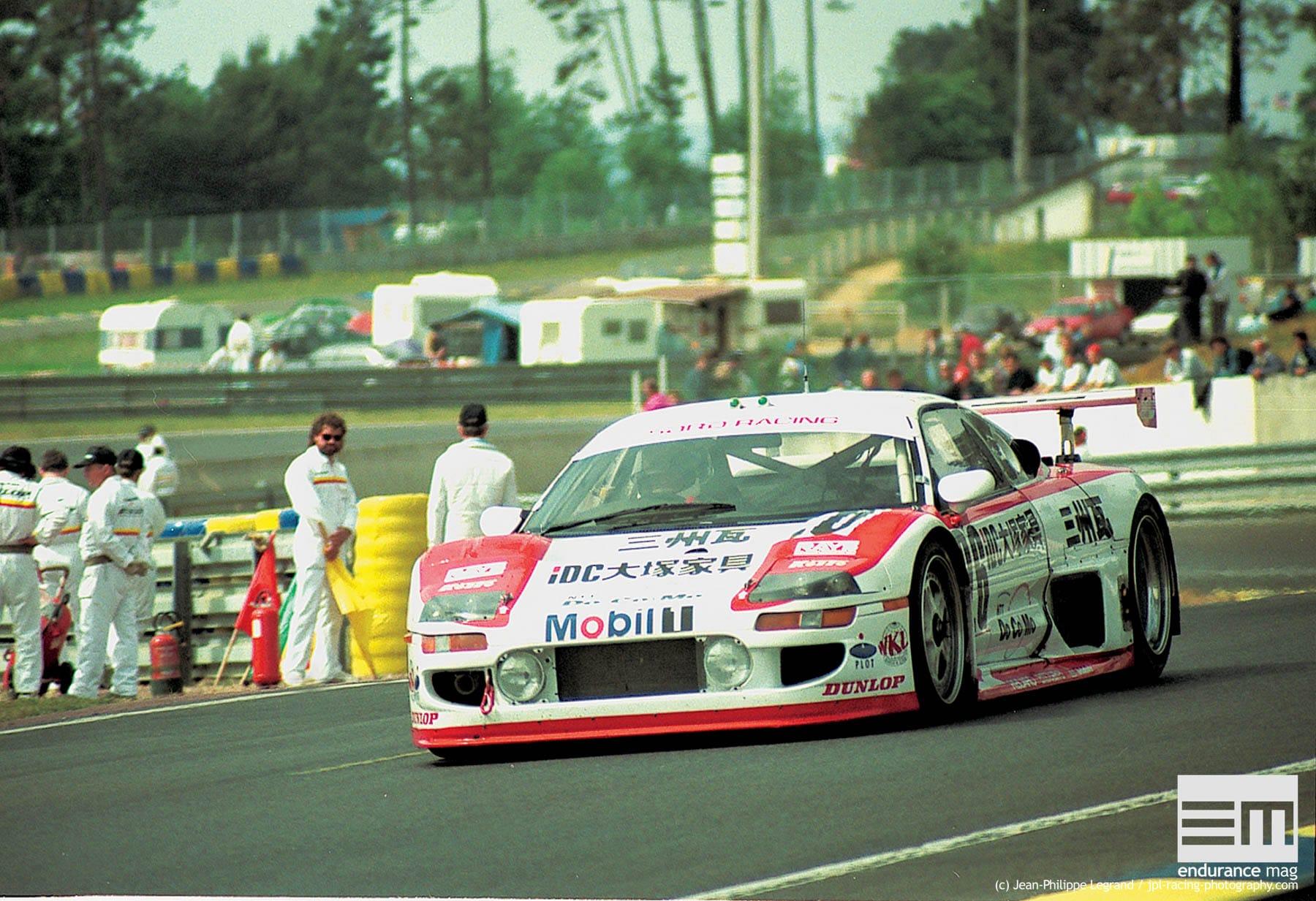 Toyota-SARD-MC8-R-Le-Mans-1995