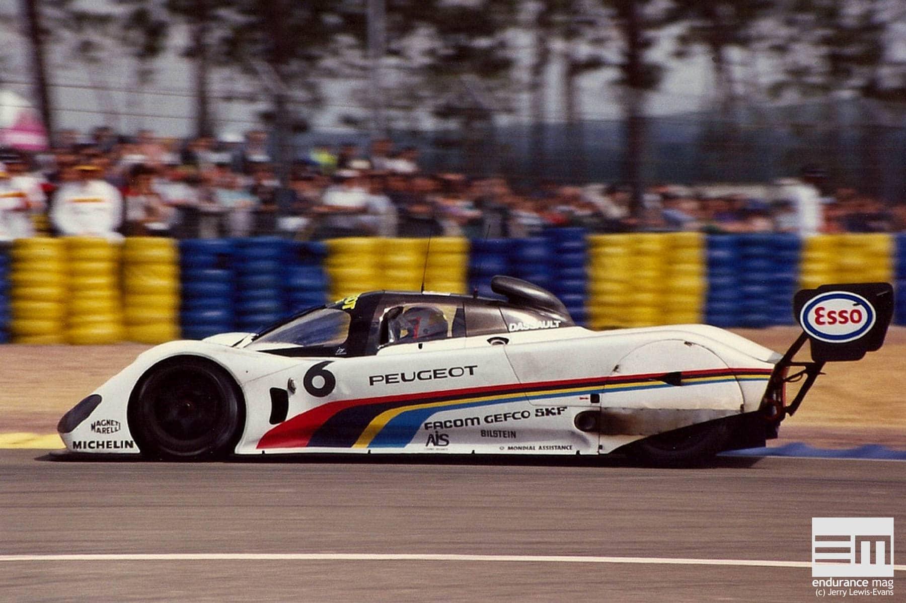Peugeot-905-Le-Mans-1991-1