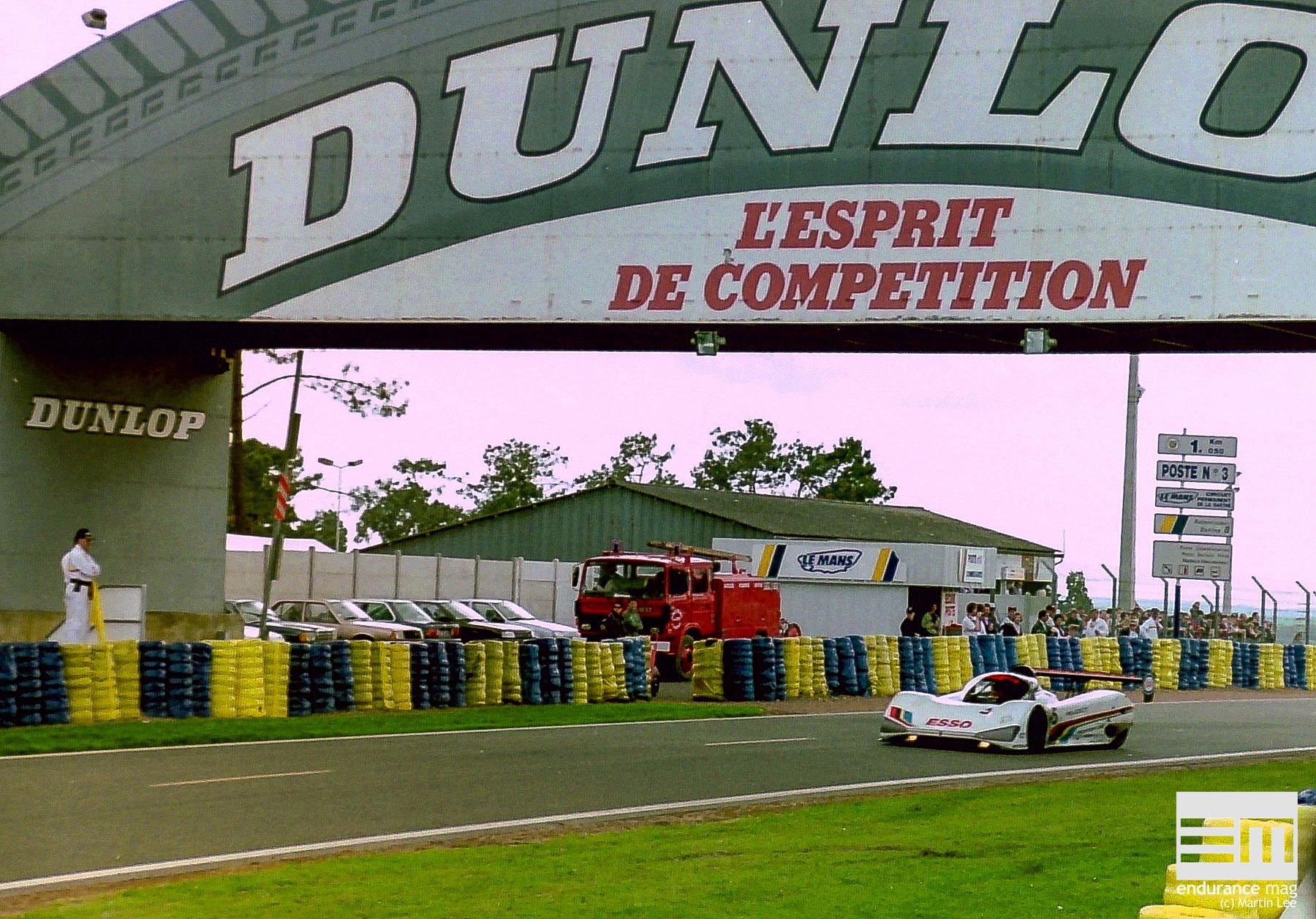 Peugeot-905-Le-Mans-1991-3