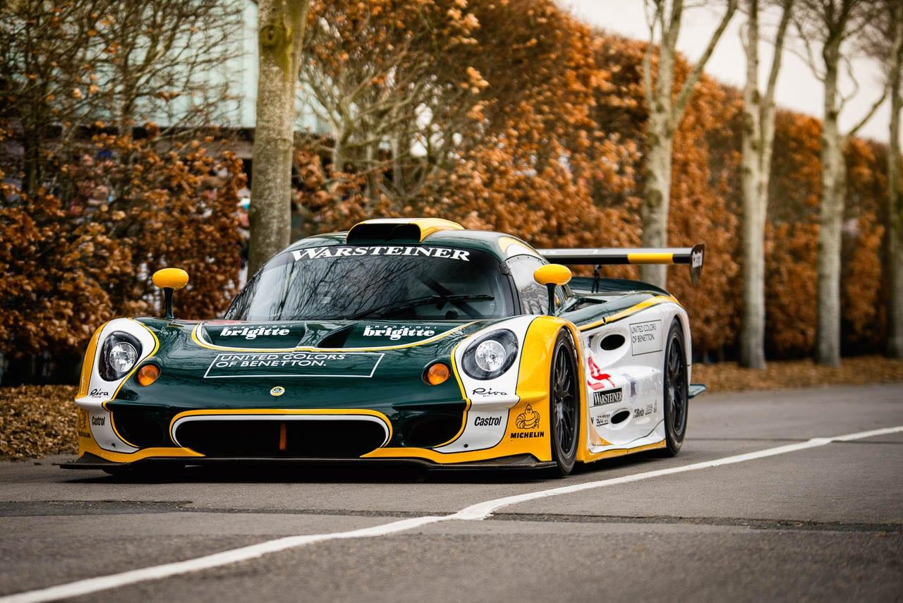 Lotus Elise GT1, la belle demoiselle trop frêle