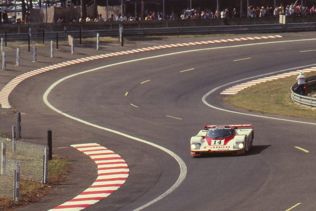 S de la forêt, avec la 956 Canon-Gti Racing - photo Jerry Lewis-Evans
